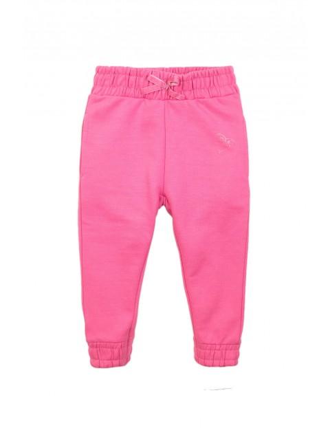 Różowe- dresowe spodnie dziewczęce