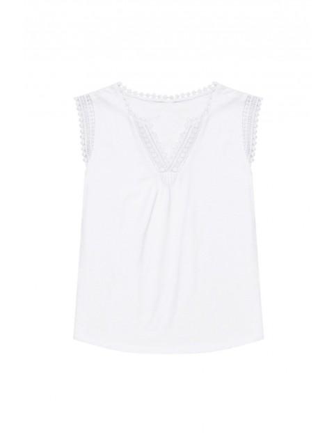 Bawełniany biały T-shirt damski na krótki rękaw z koronką