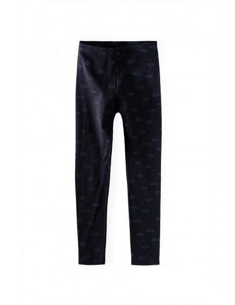 Czarne legginsy dziewczęce we wzorki