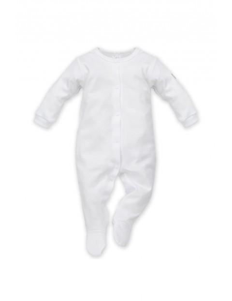 Pajac niemowlęcy biały-wyprawka dla dziecka