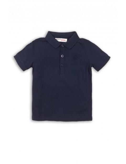 Granatowa koszulka z kołnierzykiem dla chłopca