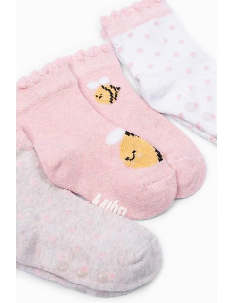 Skarpetki niemowlęce we wzorki z ABS - 3 pak