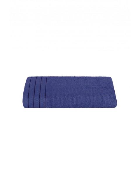 Bawełniany ręcznik w kolorze granatowym 50x90 cm