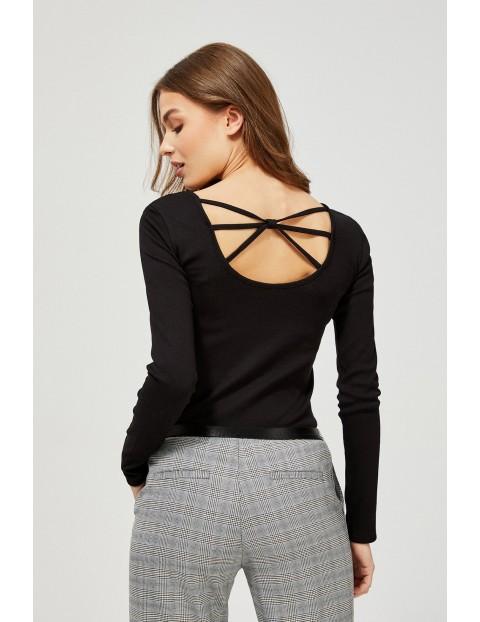 Bluzka damska  z ozdobnym tyłem - czarna