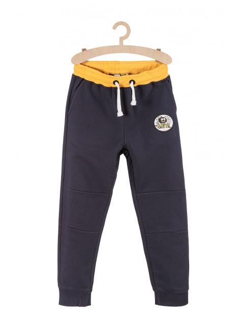 Dresowe spodnie dla chłopca granatowe