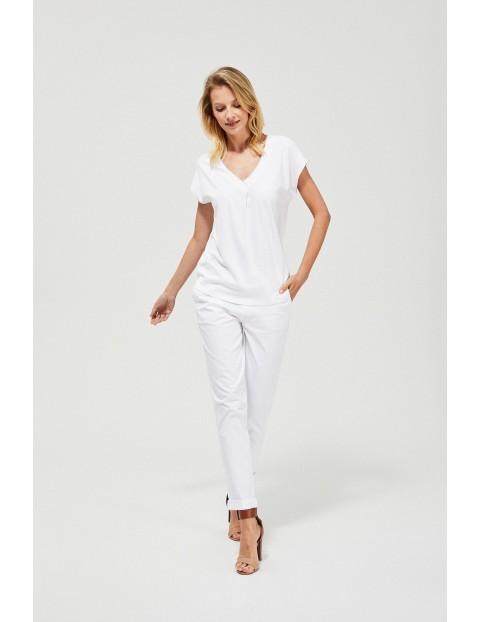 T-shirt damski z koronką na plecach - biały
