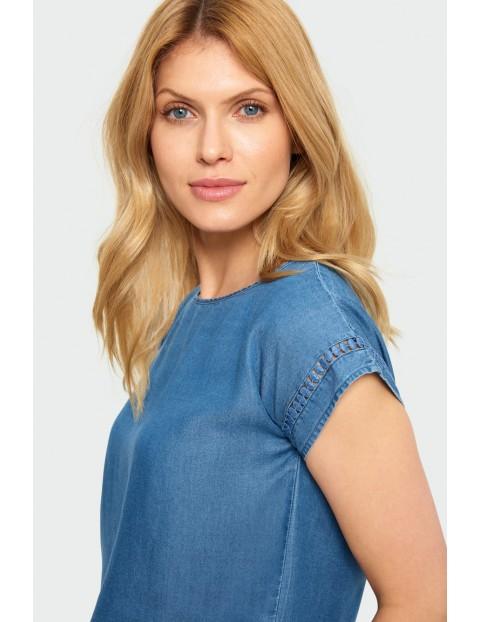 Bluzka damska z krótkim rękawem i ozdobną mereżką