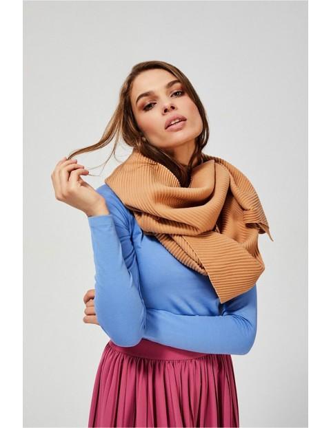 Długi plisowany szal damski - beżowy