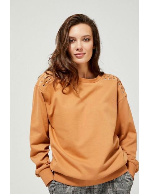 Bluza damska z ozdobnym sznurowaniem na ramionach