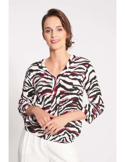 Bluzka damska plisą i zwierzęcym wzorem