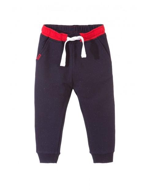 Spodnie dresowe chłopięce 1M3323
