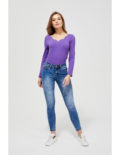 Bluzka damska  z ozodbnym dekoltem - fioletowa
