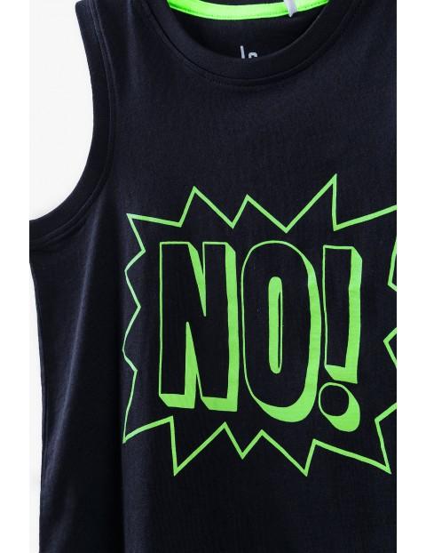 T-shirt chłopięcy w kolorze czarnym- NO!