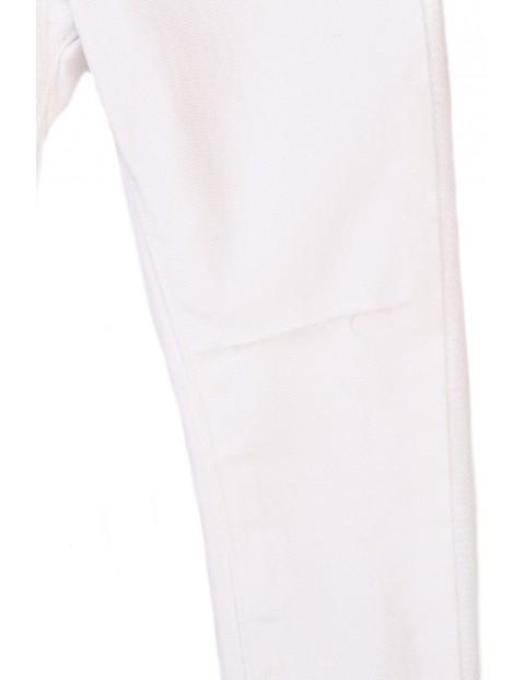 Spodnie niemowlęce w kolorze białym