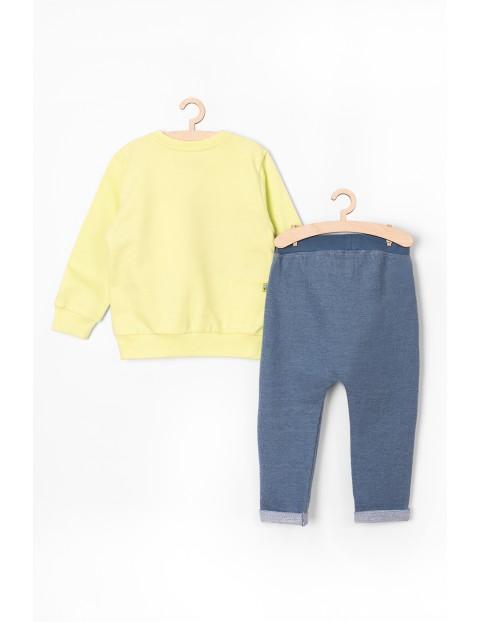 Komplet dresowy dla niemowlaka- spodnie i bluza