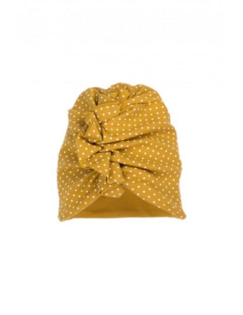 Czapka w postaci turbanu wykonana z musztardowej bawełny