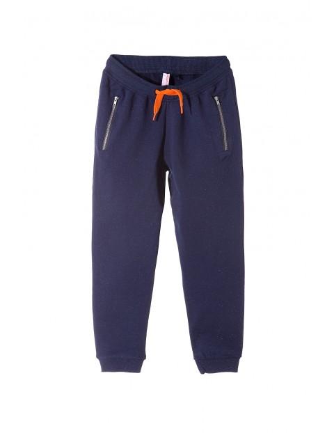 Spodnie dresowe chłopięce 2M3305