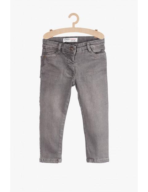 Szare jeansowe spodnie dla niemowlaka