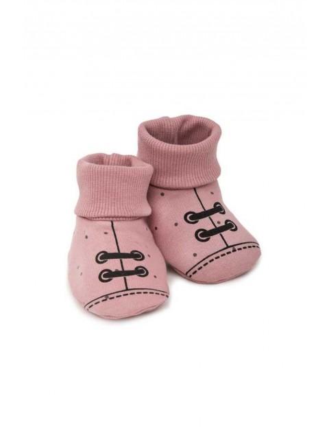 Buciki różowe Petit Lou- 100% bawełna
