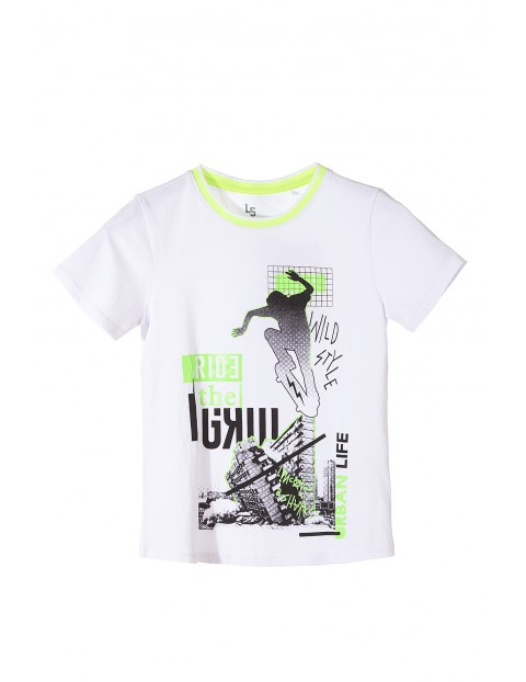 T-shirt chłopięcy biały z nadrukami