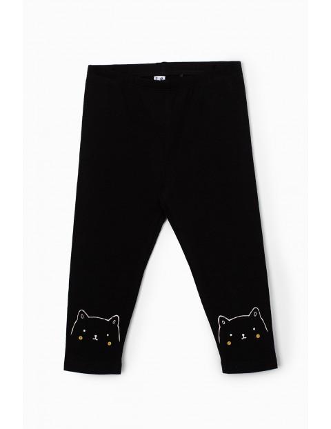 Leginsy dla niemowlaka czarne z kotkami