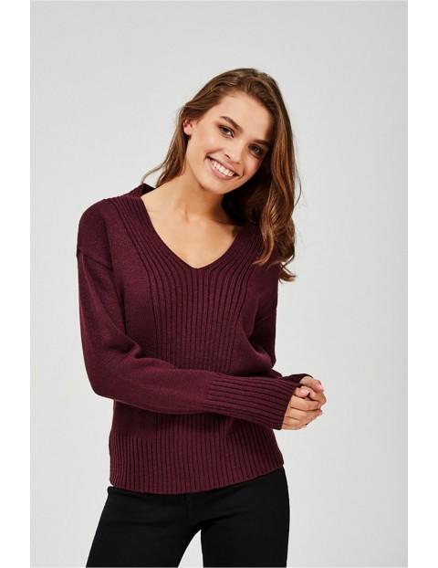 Sweter damski w prążki - bordowy