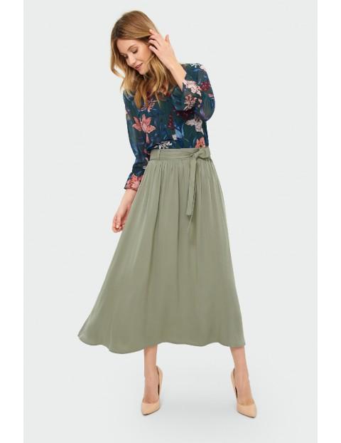 Bluzka damska z kwiecistym wzorem- zielona