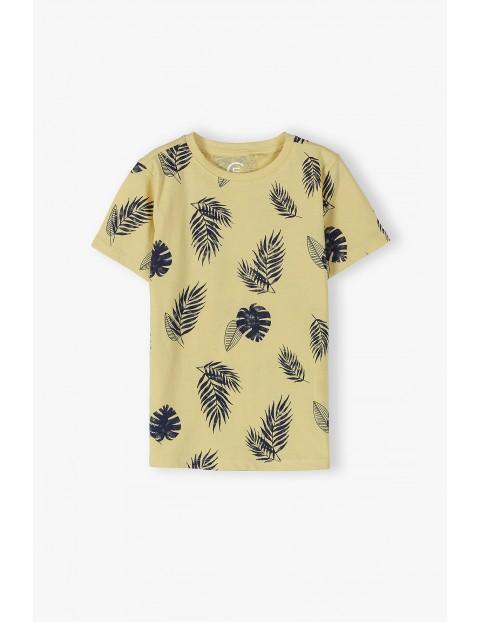 Bawełniany żółty t-shirt chłopięcy w liście