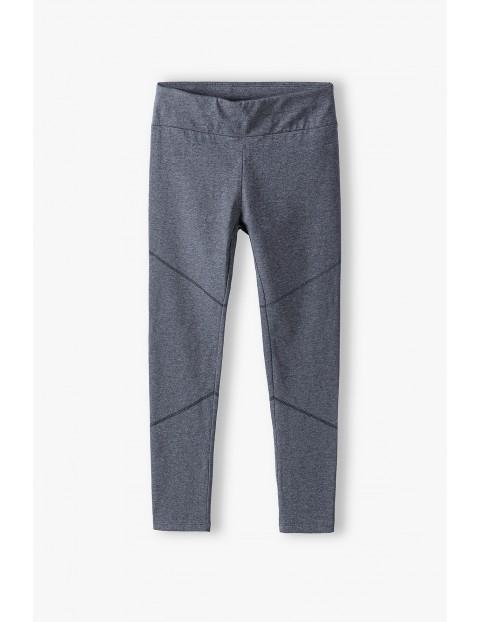 Szare legginsy dziewczęce- ubrania dla całej rodziny