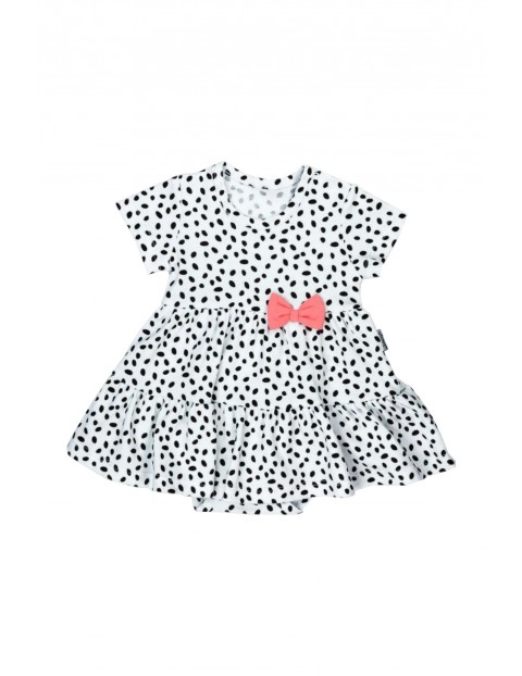 Białe sukienko-body w czarne kropeczki z krótkim rękawem