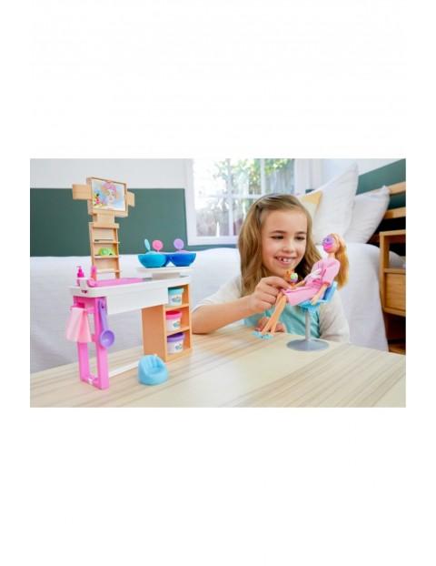Barbie - Zestaw Salon SPA Lalka ze szczeniaczkiem, akcesoriami i masą plastyczną wiek 4+