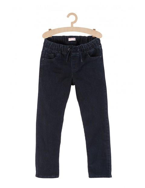 Spodnie chłopięce jeansowe dla chłopca