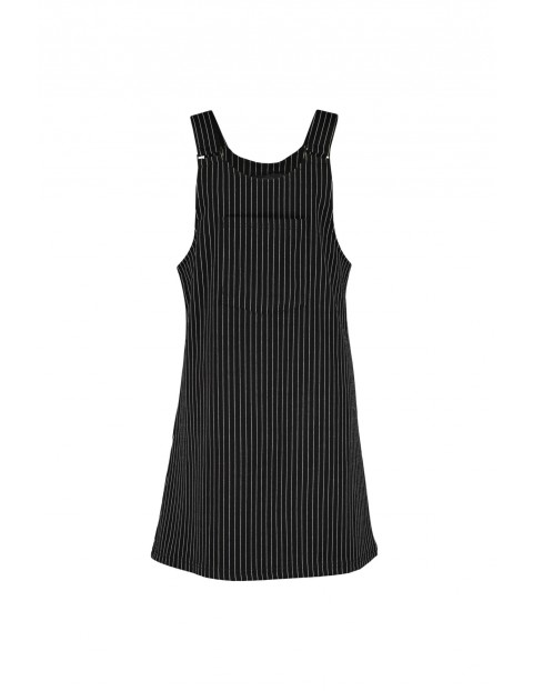 Sukienka dziewczęca czarna w białe pionowe paski- kieszeń z przodu