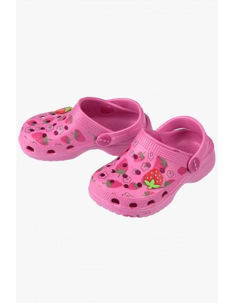 Sandały dziewczęce różowe w truskawki