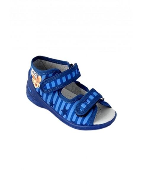 Sandały chłopięce niebieskie w paski