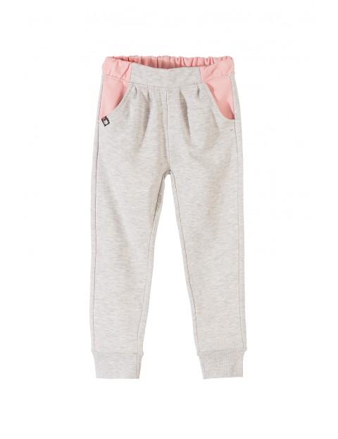 Spodnie dziewczęce dresowe 4M3502