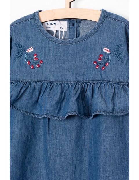 Jeansowa sukienka z ozdobnymi haftami