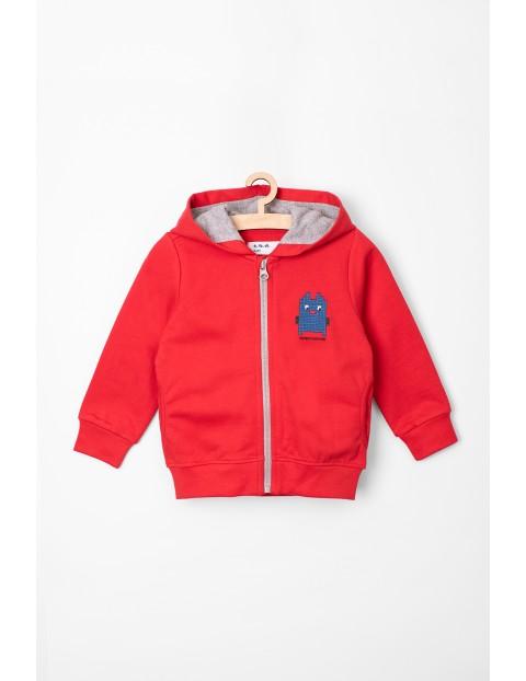 Czerwona bluza dresowa z kapturem