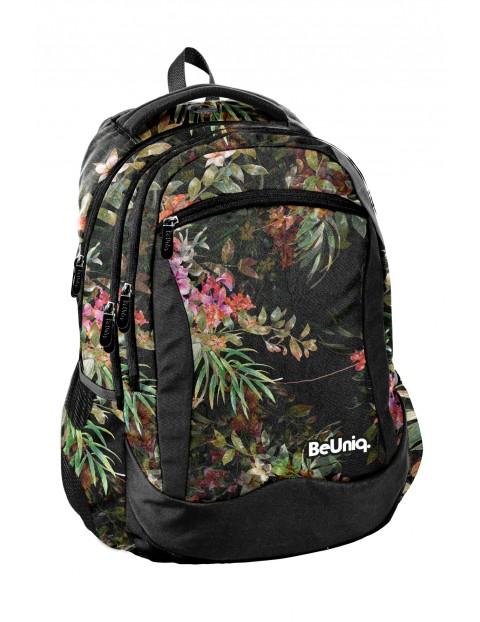 Plecak szkolny w kwiatowy wzór
