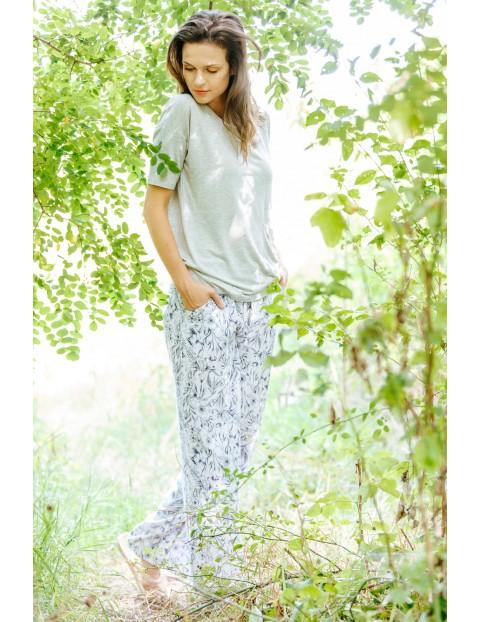Piżama damska-  bluzka z rękawem 3/4 i spodnie