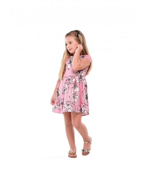 Różowa sukienka w kwiaty dla dziewczynki