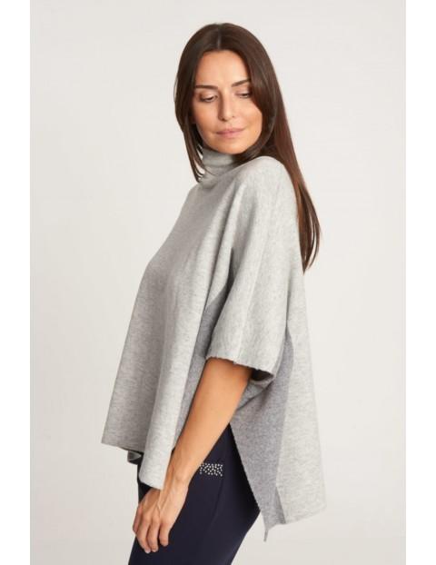 Szary sweter- ponczo