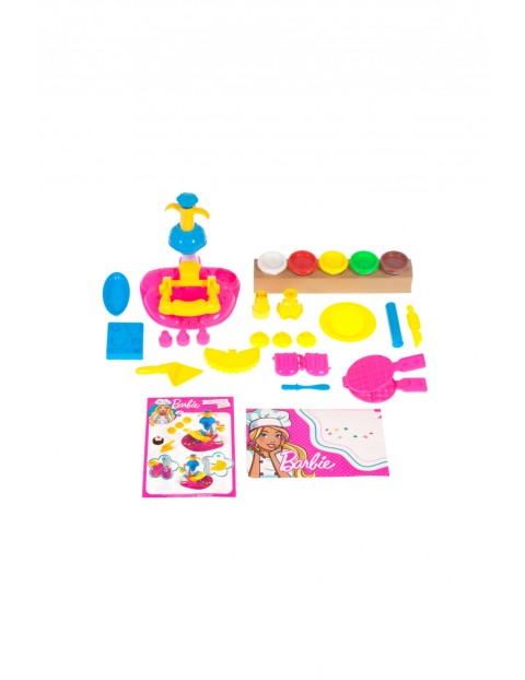 Barbie masa plastyczna- desery wiek 3+