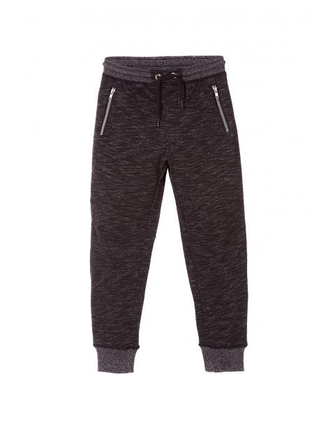 Spodnie dresowe chłopięce 2M3311