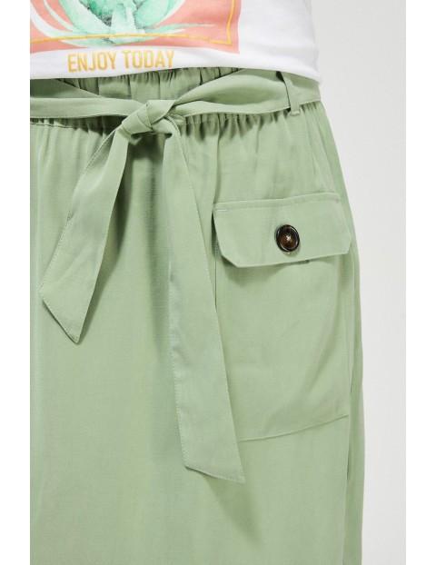 Spódnica damska typu bombka z ozdobnym wiązaniem oliwkowa