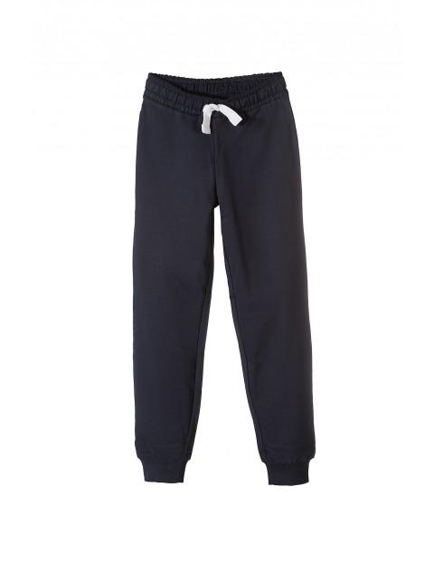Spodnie dresowe chłopięce 2M9735