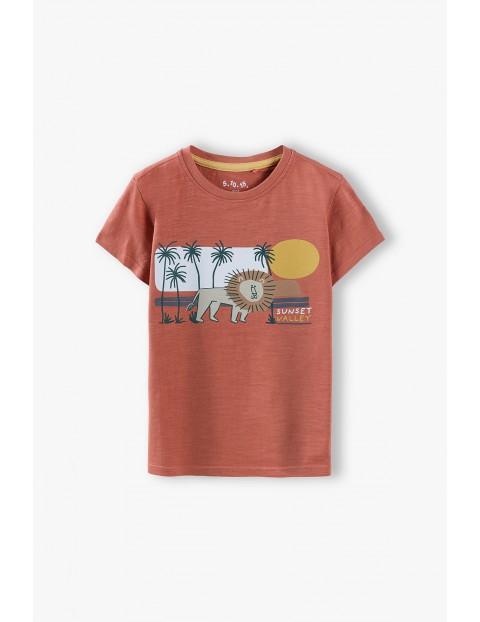 T-shirt chłopięcy bawełniany z Lwem