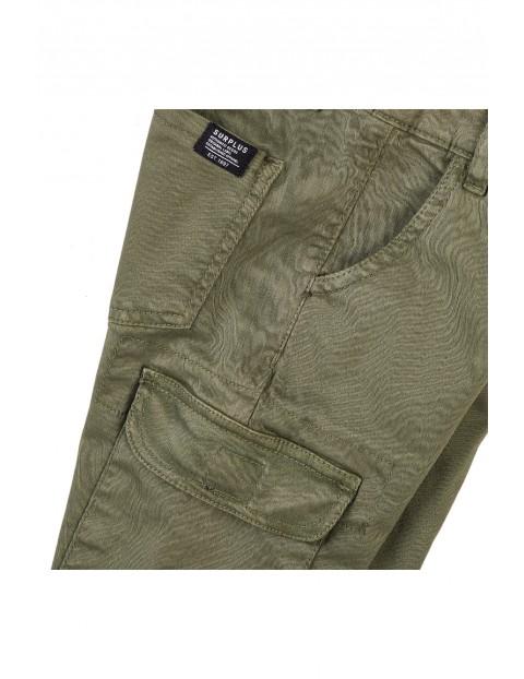 Spodnie chłopięce z kieszeniami khaki- bojówki