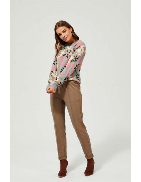 Sweter damski szary w kolorowe kwiaty