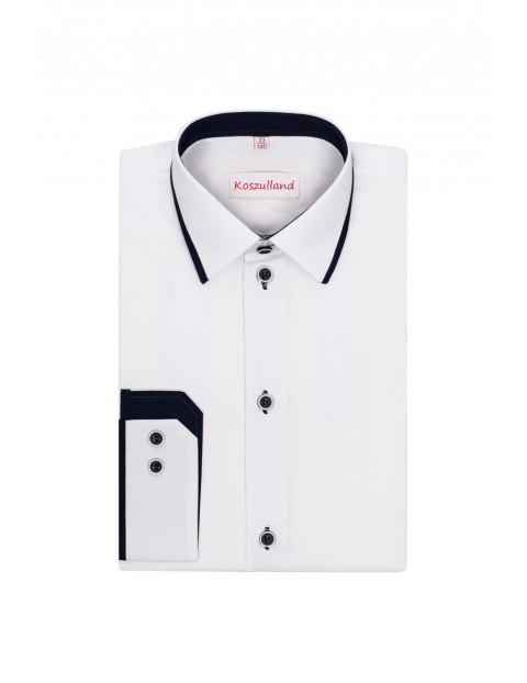 Koszula chłopięca biała z długim rękawem i granatowymi wstawkami